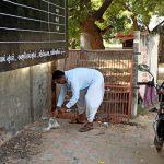 દારૂડિયા તત્વો નો ત્રાસ વખા ગામે હનુમાન દાદા ના મંદિર આગળ શ્રધ્ધાળુઓ એ દેશી દારૂ ની થેળીયો વેણી ગ્રામજનો પરેશાન
